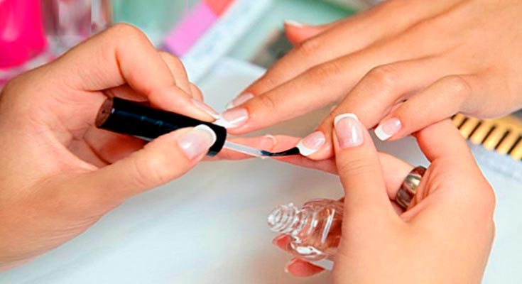 Чем закрепить обычный лак для ногтей чтобы долго держался