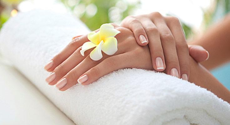 Наращивание ногтей биогелем: преимущества, вред, укрепление ногтей   400x735