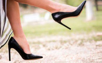 Как быстро очистить пятки от огрубевшей кожи в домашних условиях